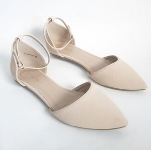 Dream Pairs Nude Pointed Toe Flats size 10
